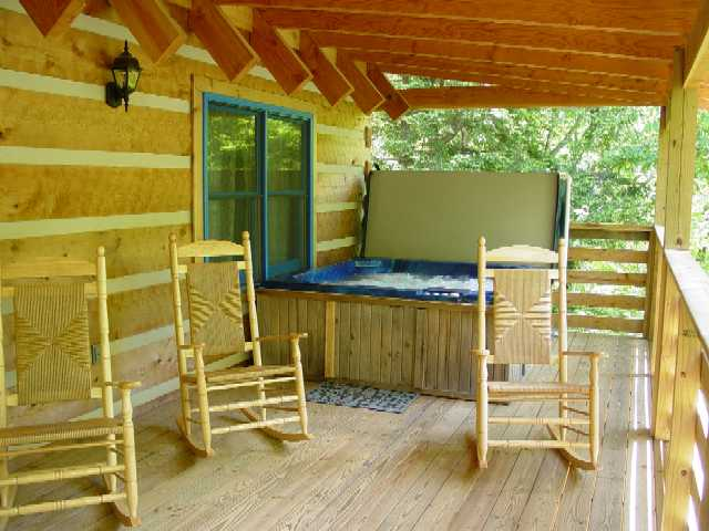 Secluded Vacation Rental Log Cabin Overlooking Creek - Wolf Creek - Boone, Blowing Rock, Blue Ridge Parkway